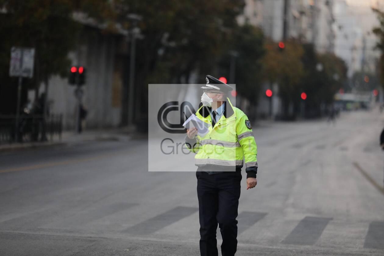 https://cdn.cnngreece.gr/media/news/2020/11/17/243062/photos/snapshot/astynomia-epeiteios-polytexneiou-3.jpg