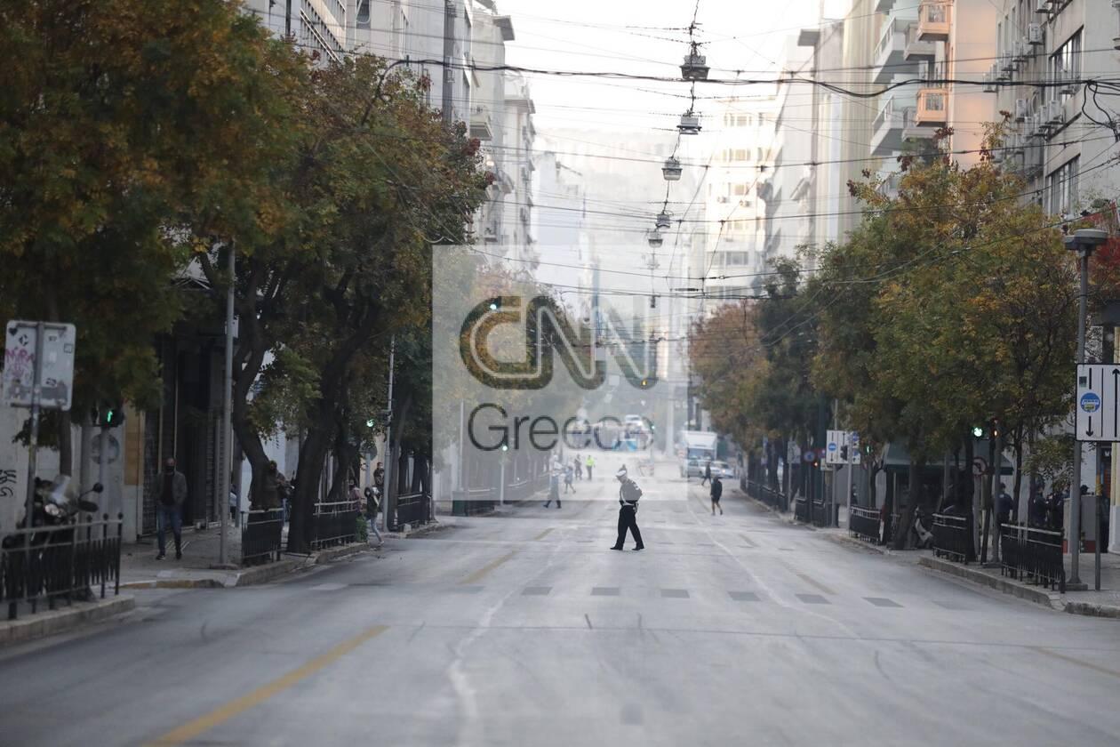 https://cdn.cnngreece.gr/media/news/2020/11/17/243062/photos/snapshot/astynomia-epeiteios-polytexneiou-4.jpg