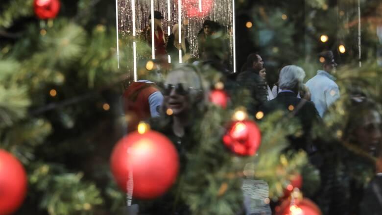 Πώς θα λειτουργήσουν οι επιχειρήσεις τα Χριστούγεννα