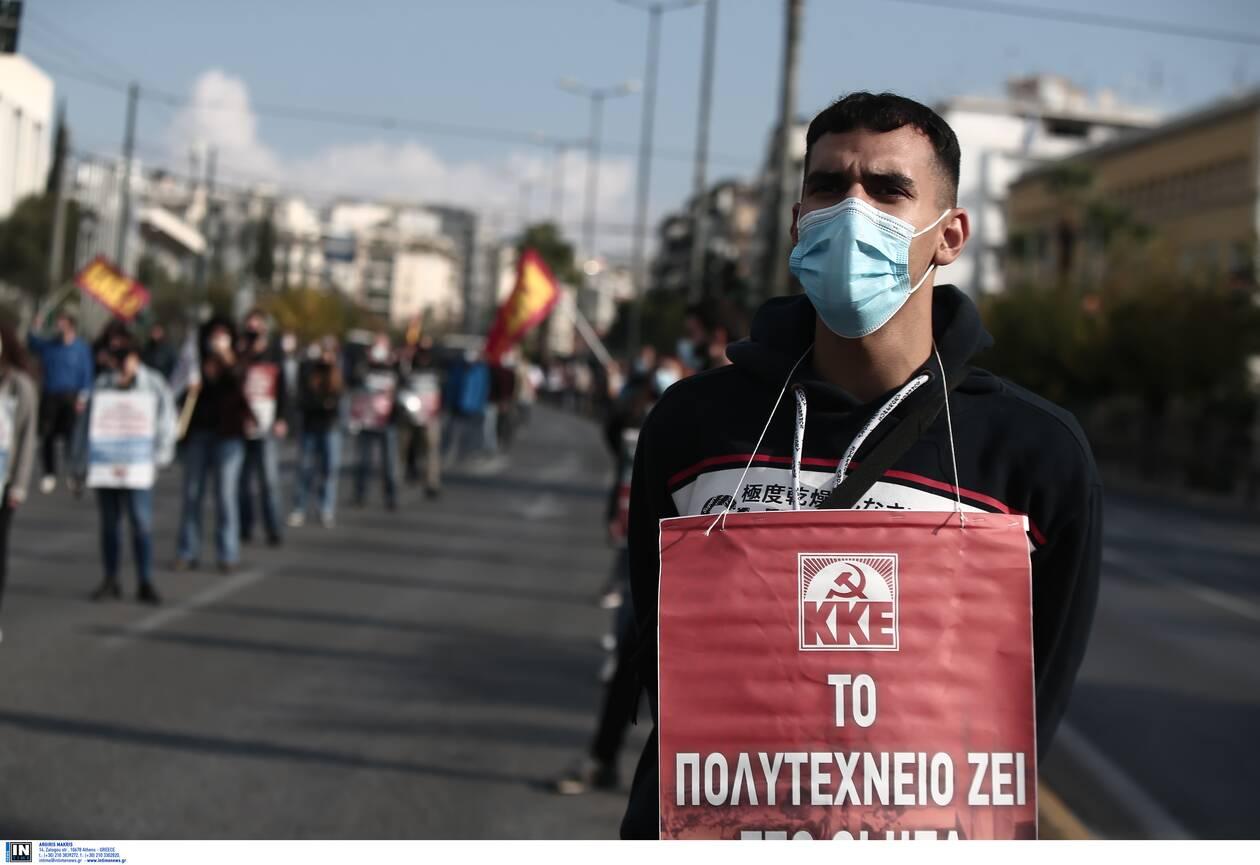 https://cdn.cnngreece.gr/media/news/2020/11/17/243089/photos/snapshot/Polytexneio-KKE-3025287.jpg