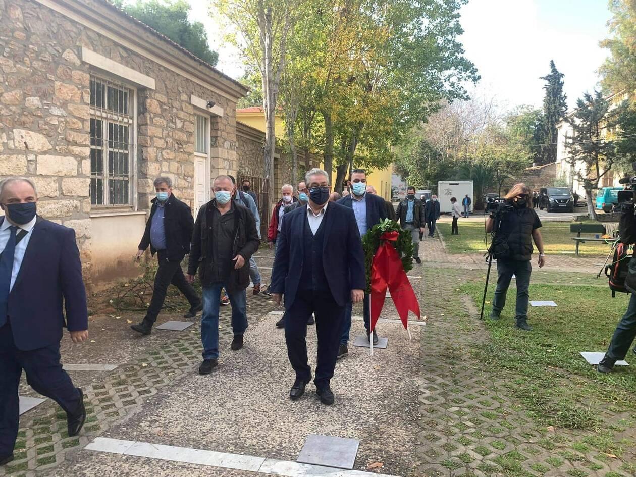 https://cdn.cnngreece.gr/media/news/2020/11/17/243096/photos/snapshot/koutsoumpas-1074901839691380_5197856139249445496_n.jpg
