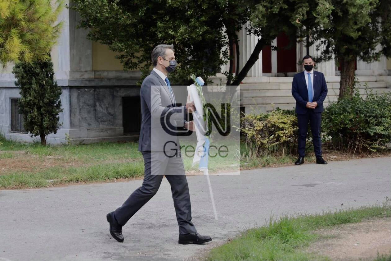 https://cdn.cnngreece.gr/media/news/2020/11/17/243096/photos/snapshot/polytexneio_epeteios-7.jpg