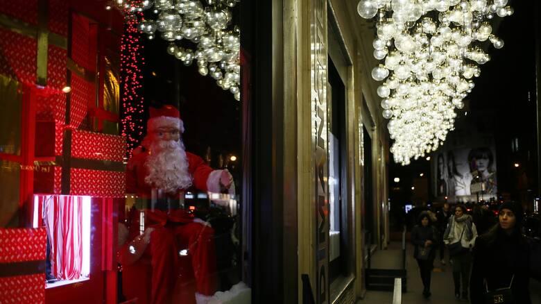 Γαλλία: Εκστρατεία κατά των χριστουγεννιάτικων αγορών μέσω Amazon ξεκίνησαν πολιτικοί