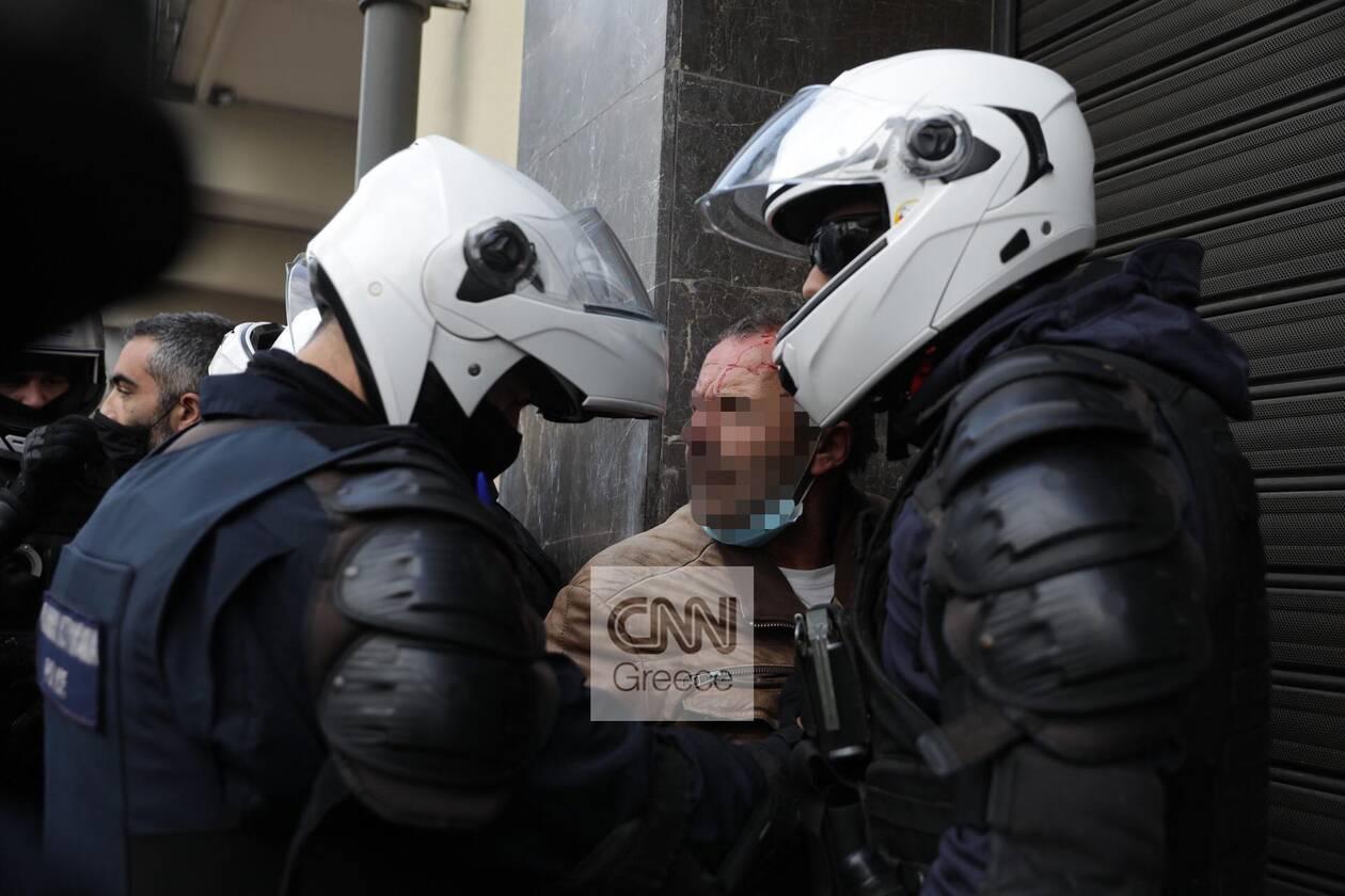 https://cdn.cnngreece.gr/media/news/2020/11/17/243131/photos/snapshot/ENTASEIS-POLYTEXNEIO-PROSAGWGES-XHMIKA-1.jpg