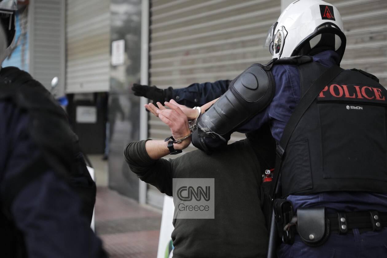 https://cdn.cnngreece.gr/media/news/2020/11/17/243131/photos/snapshot/ENTASEIS-POLYTEXNEIO-PROSAGWGES-XHMIKA-5.jpg