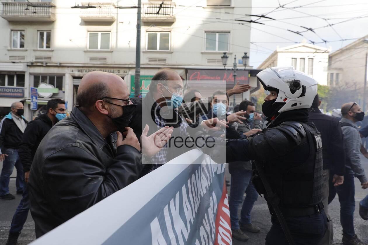 https://cdn.cnngreece.gr/media/news/2020/11/17/243131/photos/snapshot/polutexneio10.jpg