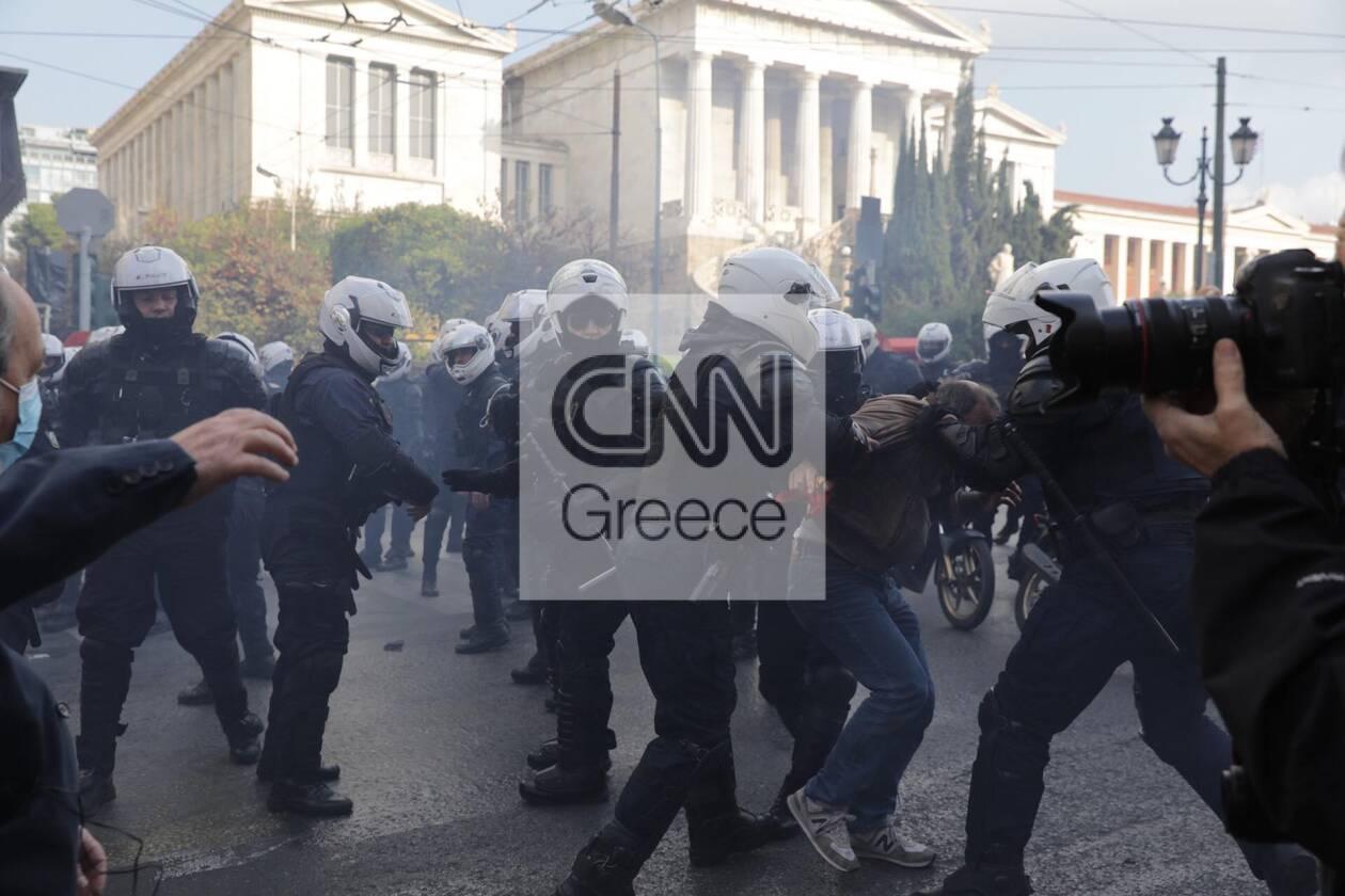 https://cdn.cnngreece.gr/media/news/2020/11/17/243131/photos/snapshot/polutexneio11.jpg