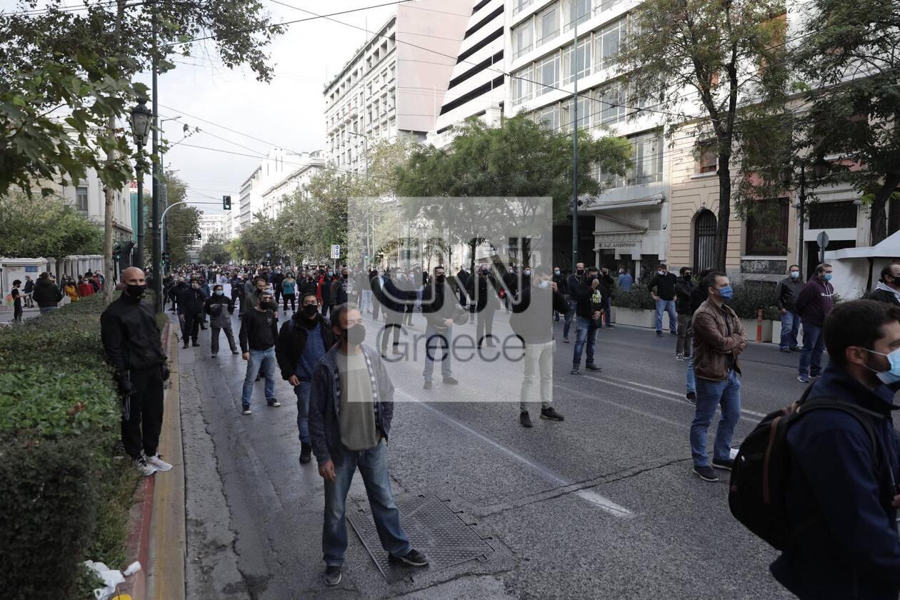 https://cdn.cnngreece.gr/media/news/2020/11/17/243131/photos/snapshot/polutexneio4.jpg