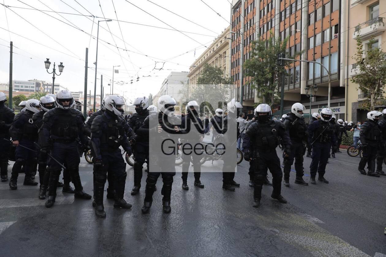 https://cdn.cnngreece.gr/media/news/2020/11/17/243131/photos/snapshot/polutexneio9.jpg
