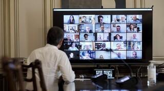 Καταγγελία επιδημιολόγου: Η Επιτροπή δέχεται απειλητικά μηνύματα εξαιτίας του lockdown