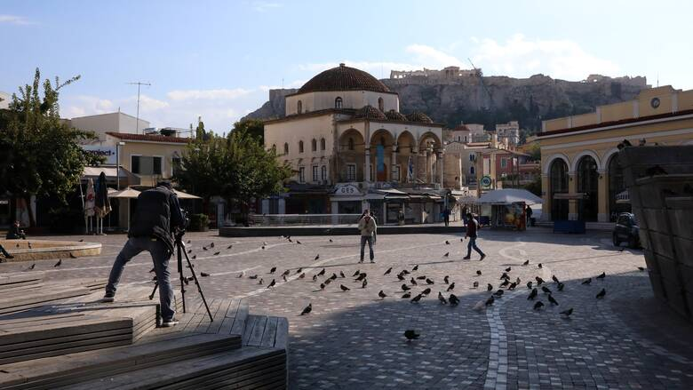Κορωνοϊός – Δερμιτζάκης: 500 κρούσματα στα μέσα Δεκεμβρίου – Μπορεί να ανοίξει η αγορά