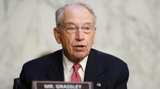 Θετικός στον κορωνοϊό ο 87χρονος Ρεπουμπλικανός γερουσιαστής Τσακ Γκράσλεϊ
