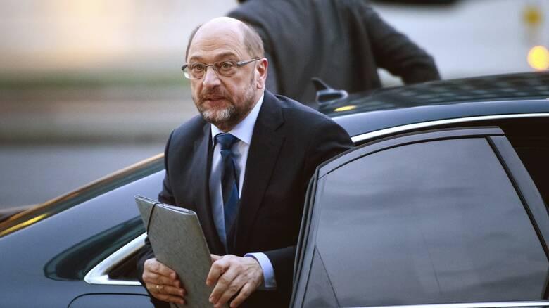 Κορωνοϊός - Πρόταση Σουλτς για το αδιέξοδο της ΕΕ: Εκταμίευση με ειδική πλειοψηφία