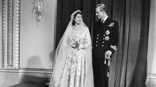Ελισάβετ και Φίλιππος: Έκλεισαν 73 χρόνια γάμου - Η κοινή φωτογραφία τους στα social media