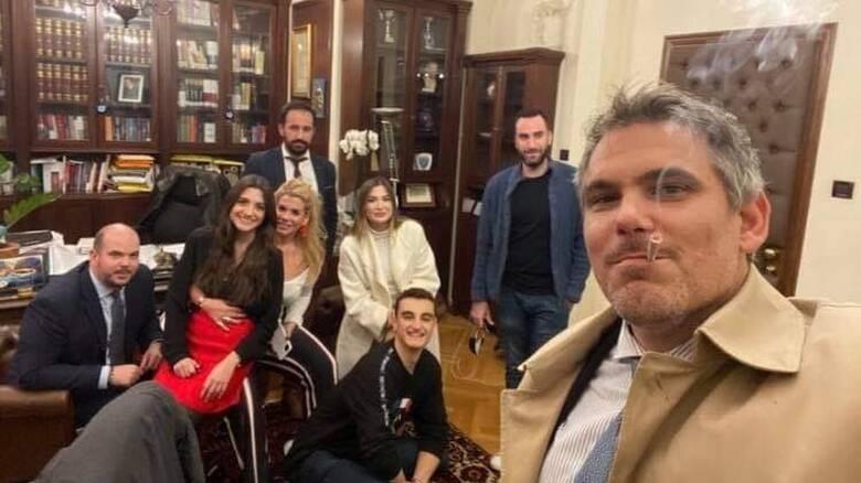 Τι απαντά ο πρόεδρος του Δικηγορικού Συλλόγου για το πάρτι των 10 ατόμων