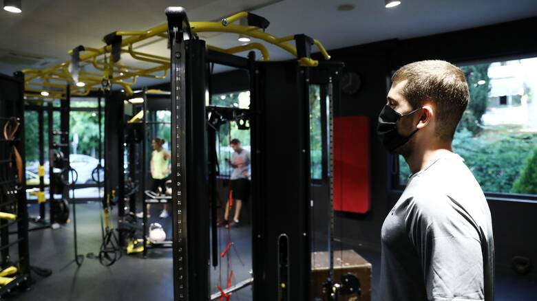 Κορωνοϊός: «Βροχή» προστίμων σε γυμναστήρια στην Αθήνα που λειτουργούσαν παρά το lockdown