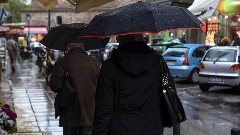 Καιρός: Ο χειμώνας είναι εδώ - Πού αναμένονται χιονοπτώσεις και βροχές σήμερα
