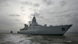 Λιβύη: Οργή της Άγκυρας για τον έλεγχο ύποπτου πλοίου από γερμανική φρεγάτα