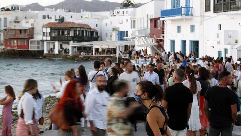 Η Ελλάδα «έχασε» 20, 8 εκατομμύρια τουρίστες φέτος