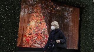 Κορωνοϊός: Πώς θα περάσουμε τα Χριστούγεννα φέτος; Τι εξετάζεται για εξορμήσεις και ψώνια
