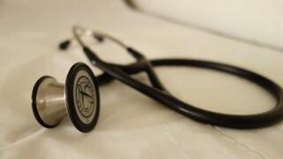 Όλοι οι βουλευτές γιατροί της ΚΟ ΣΥΡΙΖΑ στη διάθεση του ΕΣΥ