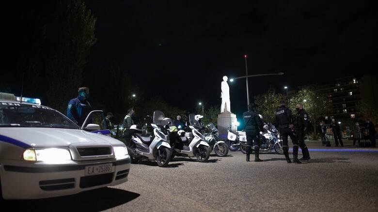 Θεσσαλονίκη: Νεαροί επιτέθηκαν αστυνομικούς που πήγαν να τους ελέγξουν - Έξι προσαγωγές