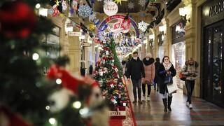 Τα σενάρια για τα «κορωνο-Χριστούγεννα» και τα μηνύματα Μητσοτάκη για την «επόμενη μέρα»