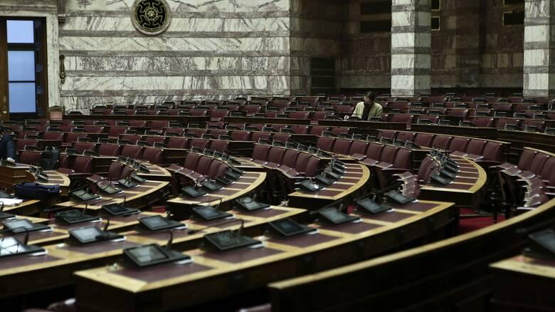 Στην Ολομέλεια το νομοσχέδιο για την ενίσχυση των εργαζομένων και τη στήριξη των ευάλωτων ομάδων