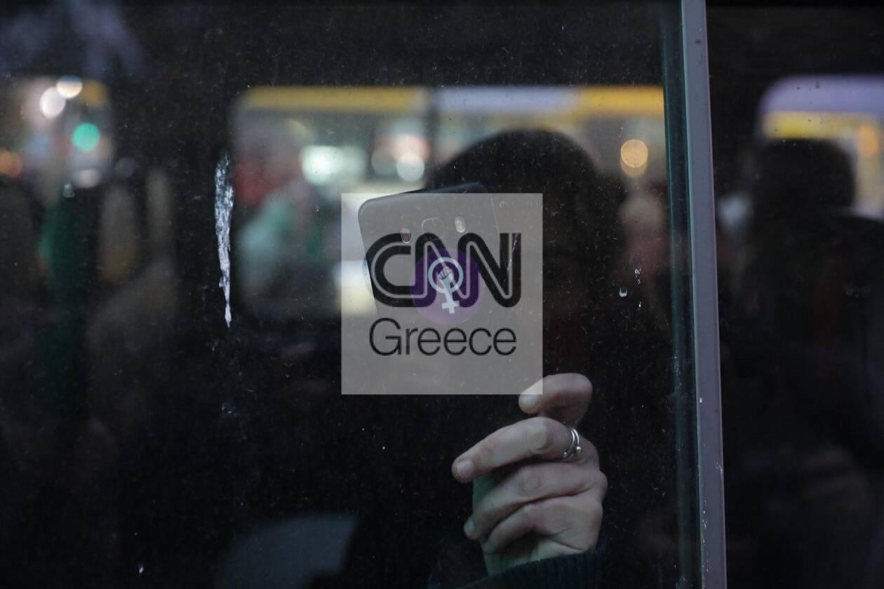 https://cdn.cnngreece.gr/media/news/2020/11/25/244331/photos/snapshot/syntagma-sygkentrosi-5.jpg