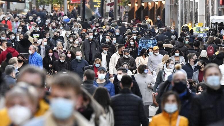 Γερμανία: Παράταση του μερικού lockdown με «κάποια χαλάρωση» τα Χριστούγεννα