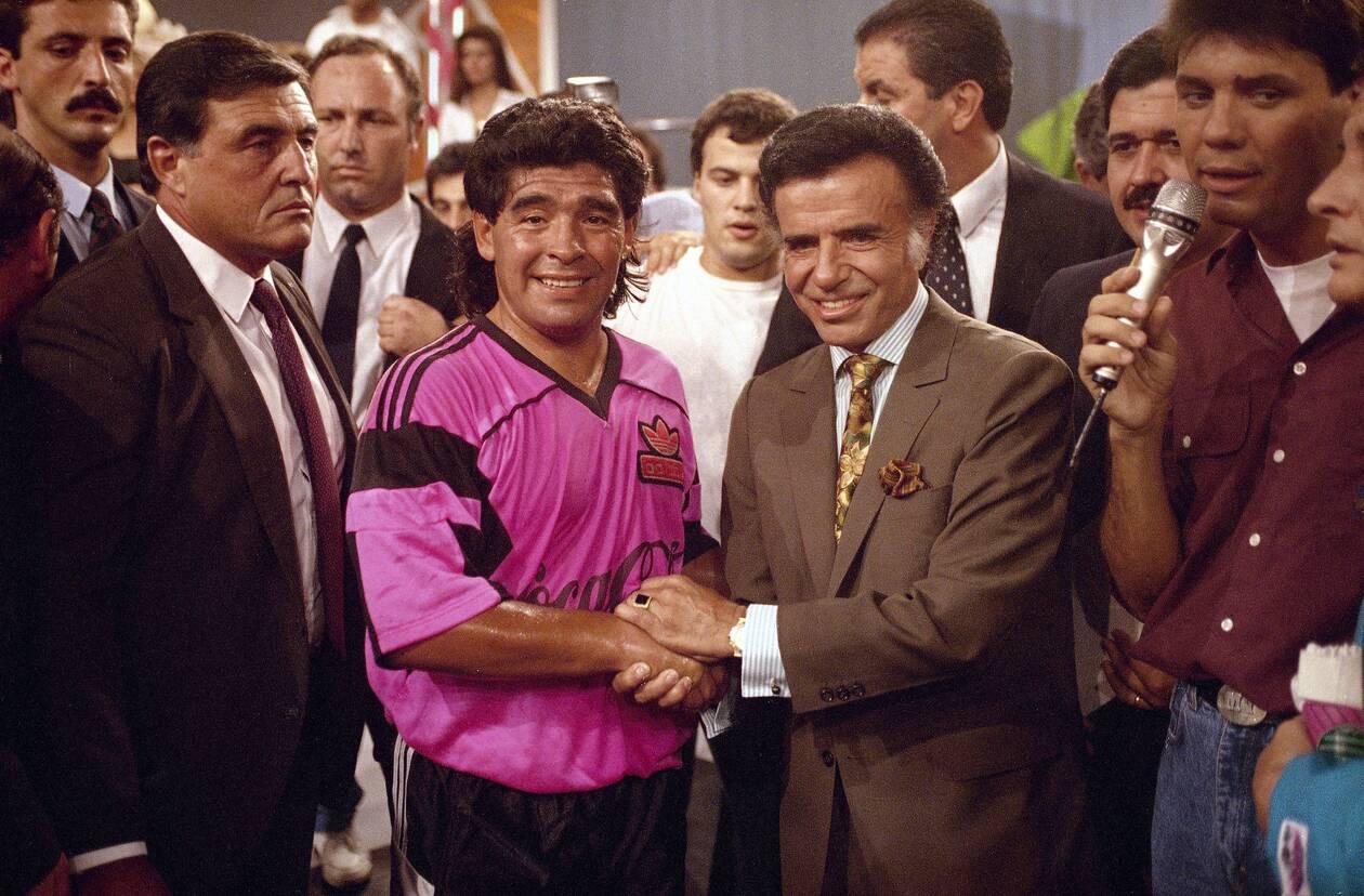 https://cdn.cnngreece.gr/media/news/2020/11/26/244402/photos/snapshot/maradona-1992-98.jpg
