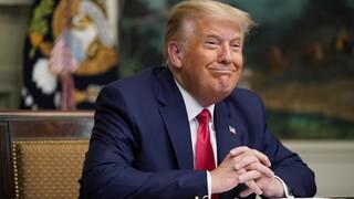 Τραμπ: Βεβαίως θα εγκαταλείψω το Λευκό Οίκο, αν οι εκλέκτορες επικυρώσουν τη νίκη Μπάιντεν