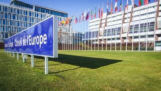 Συμβούλιο της Ευρώπης: Απαιτούνται αυστηρότερα μέτρα για την καταπολέμηση της διαφθοράς στην Ελλάδα