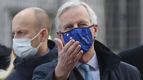 Brexit: Στο Λονδίνο ο Μισέλ Μπαρνιέ για διαπραγματεύσεις παρά τις «αποκλίσεις»