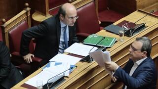 Βαριές κουβέντες Χατζηδάκη - Φάμελλου στη Βουλή