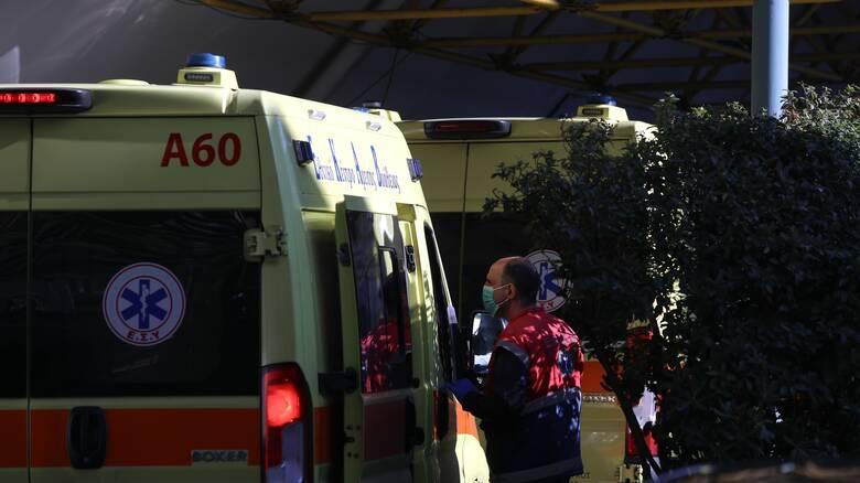 Νοσοκομείο Αλεξανδρούπολης: Δεν γκρεμίζονται τοίχοι για να φτιαχτούν κλίνες Covid