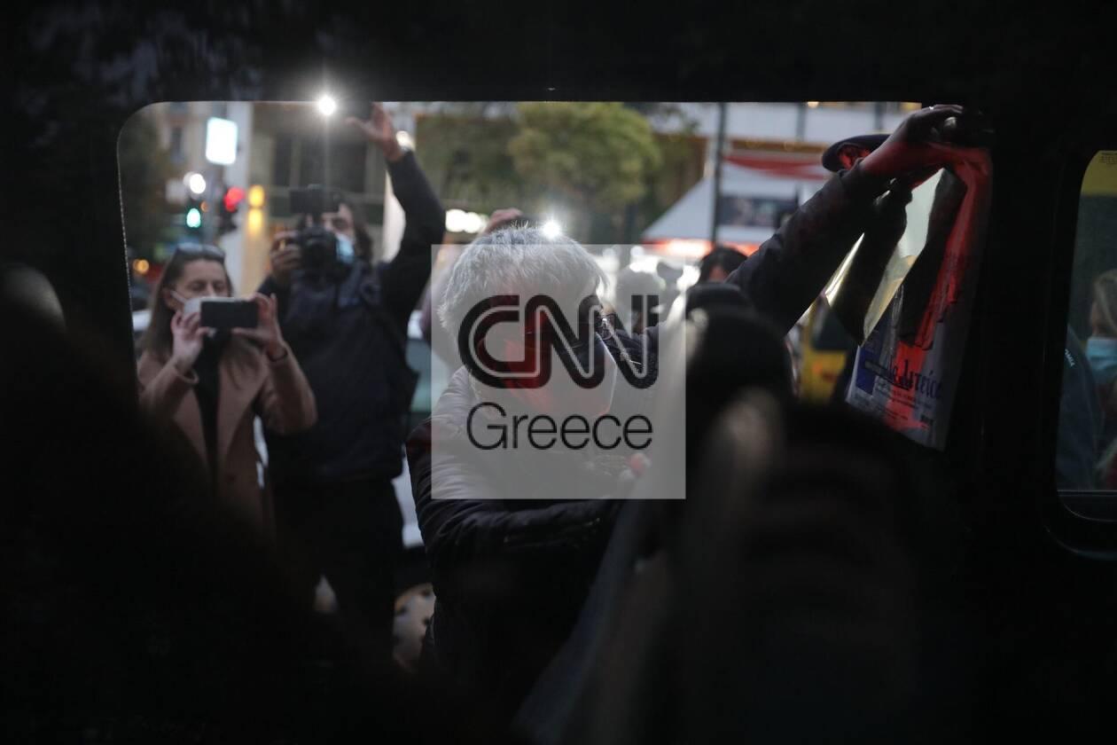 https://cdn.cnngreece.gr/media/news/2020/11/27/244622/photos/snapshot/syntagma-sygkentrosi-9.jpg