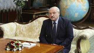 Λευκορωσία: Ο Λουκασένκο δήλωσε ότι θα παραιτηθεί όταν εγκριθεί ένα νέο Σύνταγμα