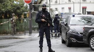 Γαλλία: Ενάμιση χρόνο στη φυλακή θα περάσει 19χρονος που απείλησε καθηγητή με αποκεφαλισμό