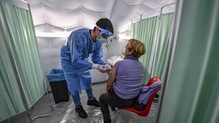 Εμβόλιο κορωνοϊού: Η Βρετανία δίνει έγκριση σε Pfizer/ BioNTech την επόμενη εβδομάδα