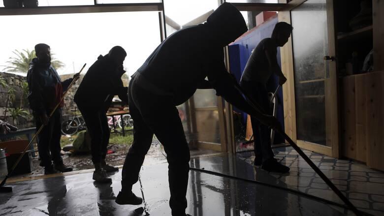 Νεκροί και αγνοούμενοι από τη σφοδρή κακοκαιρία που πλήττει τη Σαρδηνία