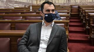 Χαρίτσης: Η κυβέρνηση Μητσοτάκη αρνείται να ενισχύσει το ΕΣΥ και να στηρίξει την οικονομία με ζεστό