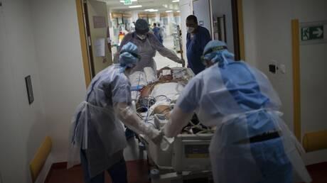 Κορωνοϊός: 603 διασωληνωμένοι, 98 θάνατοι και 1.193 κρούσματα