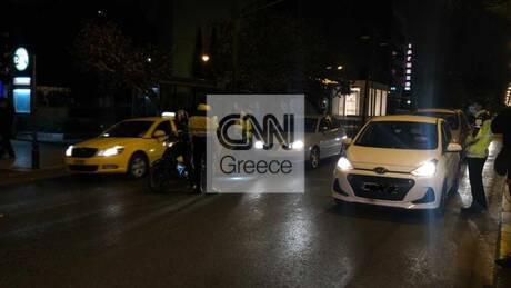 Lockdown: Αιφνιδιαστικοί έλεγχοι της Τροχαίας σε οδηγούς στη διασταύρωση Αλεξάνδρας και Πανόρμου