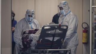 Κορωνοϊός: Αισιοδοξία για τα κρούσματα, θλίψη για τους νεκρούς - Σε επιφυλακή σήμερα η Πάτρα