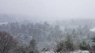 Καιρός: Πού αναμένονται βροχές και χιόνια τις επόμενες ώρες