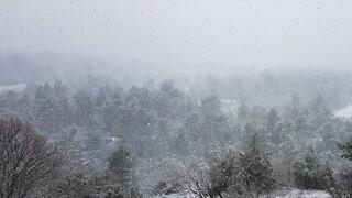 Καιρός: Με νεφώσεις, κρύο και βροχές η πρώτη μέρα του Δεκεμβρίου - Πού θα χιονίσει
