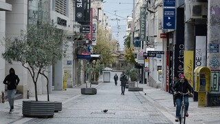 Κορωνοϊός: «Άλμα» με 111 θανάτους - 596 διασωληνωμένοι και 2.199 κρούσματα