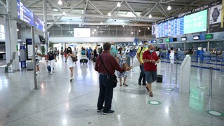 «Πυρά» ΣΥΡΙΖΑ κατά κυβέρνησης με αφορμή τις δηλώσεις Βαρτζόπουλου για το άνοιγμα του τουρισμού