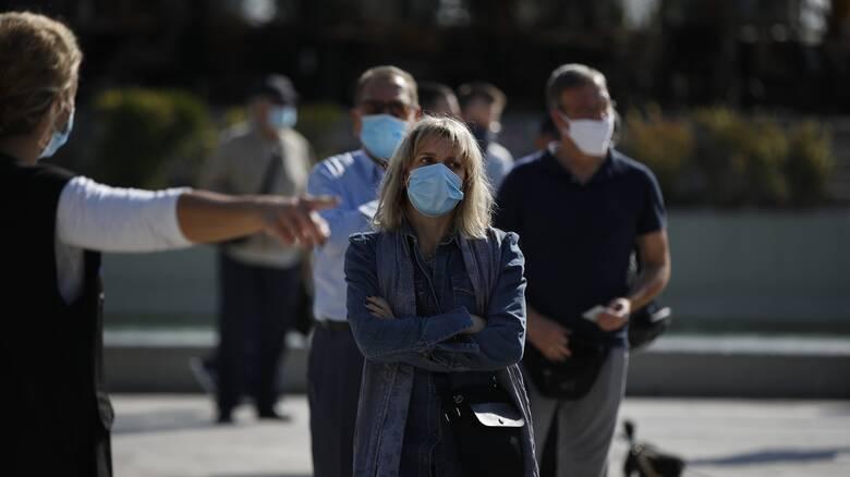 Κορωνοϊός: Οι νέες συστάσεις του ΠΟΥ για τη χρήση μάσκας